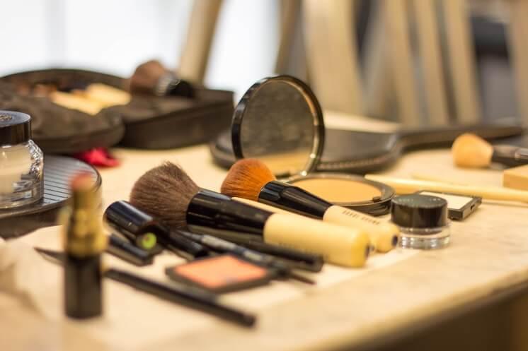 косметика для макияжа