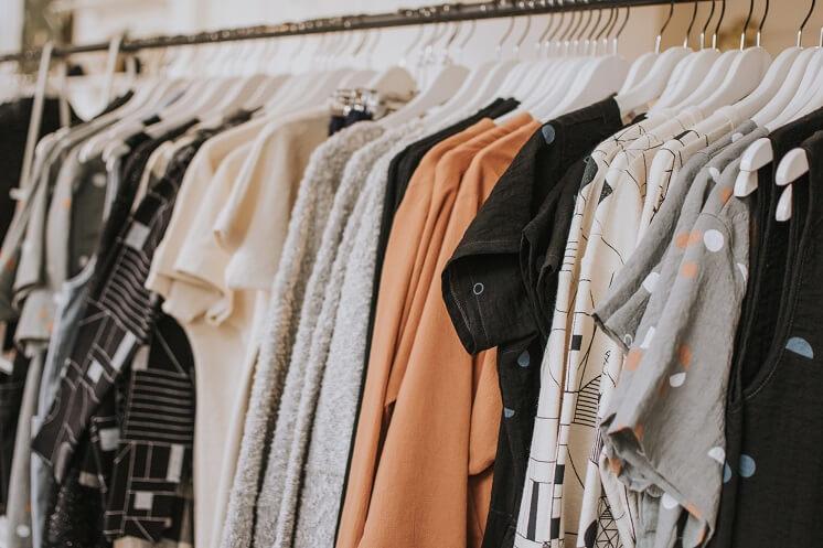 Как скрыть полноту с помощью одежды: советы на каждый день
