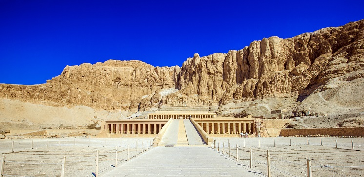 первая женщина фараон